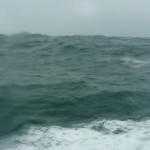 ANECDOTA: Una ola gigante viene hacia mi camarote