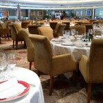 Cenando en el Compass Rose del Seven Seas Voyager