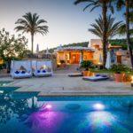 CAN LLUC: Una esquina íntima y lujosa en Ibiza